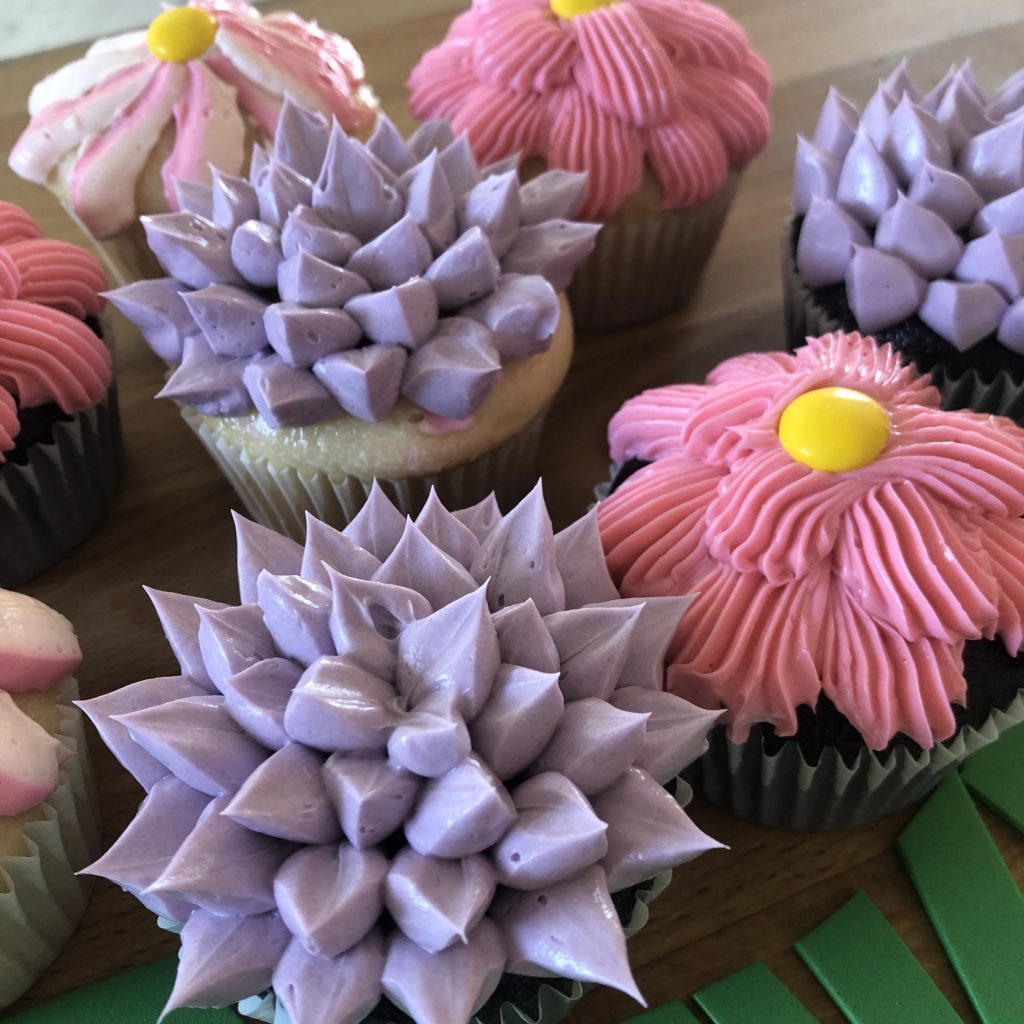Diy Mother S Day Cupcake Bouquet The New Children S Museum